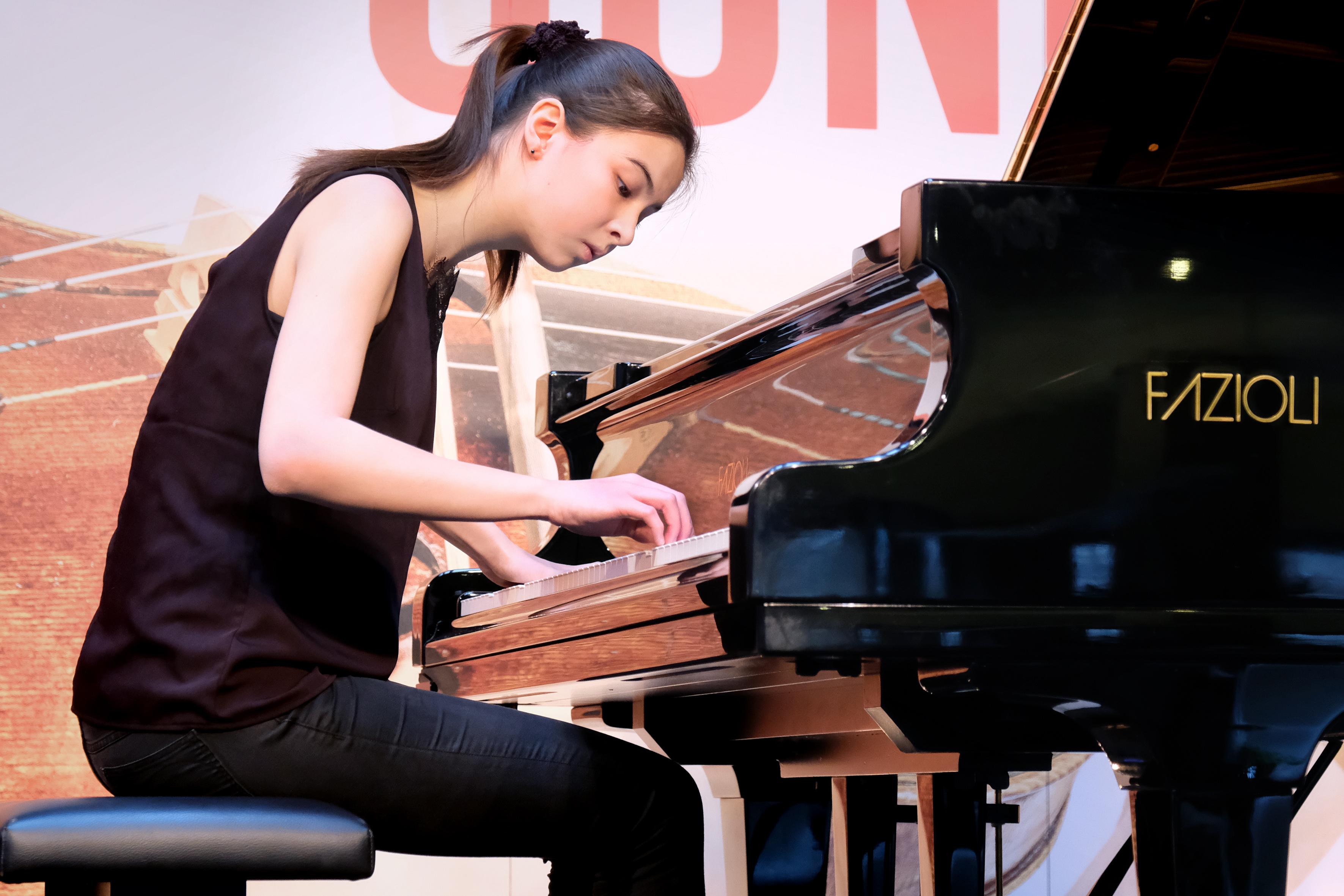 Noëlle Drost en Katie Yao Morgan spelen tijdens Open Monumentendag